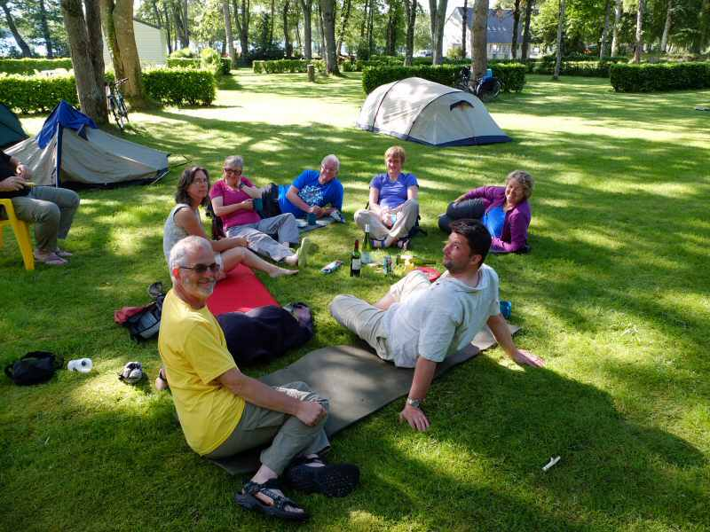 group camping in Chateaulin