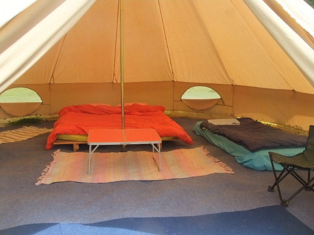 fixed centre tent