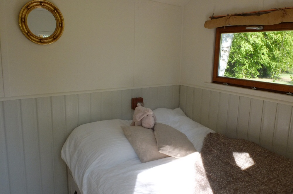 shepherds hut interior 2